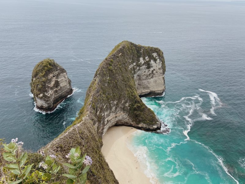 Kelingking Beach, the most instagrammable stop on Nusa Penida